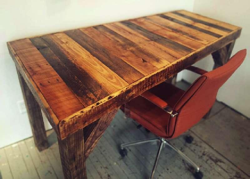 Scrivania Ufficio In Legno : Come costruire una scrivania depoca per il vostro ufficiomobili con