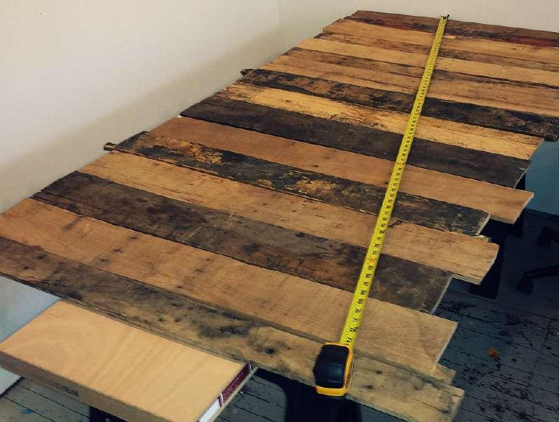 Come costruire una scrivania d epoca per il vostro ufficiomobili con pallet mobili con pallet - Costruire tavolo con pallet ...