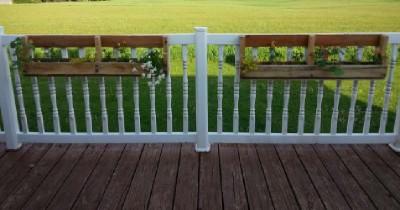 Costruire 2 fioriere per una recinzione con un pallet1