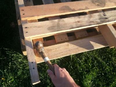 Costruire 2 fioriere per una recinzione con un pallet4