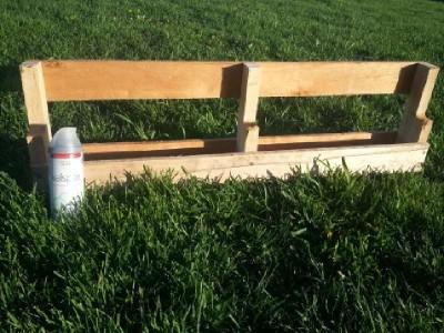 Costruire 2 fioriere per una recinzione con un pallet5