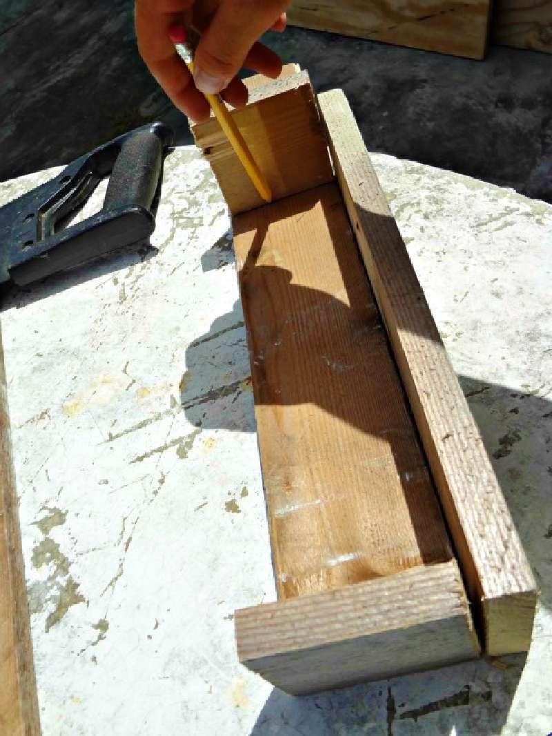 Costruire una ghirlanda di natale con i palletmobili con for Costruire una torre di osservazione