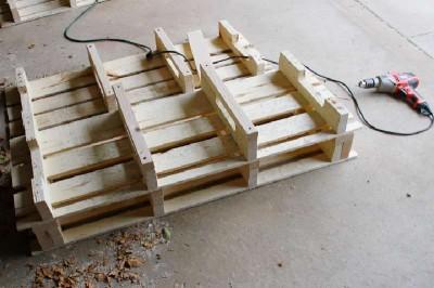 Istruzioni passo passo per costruire una scarpiera utilizzando pallets14