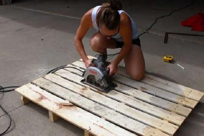 Istruzioni passo passo per costruire una scarpiera utilizzando pallets5