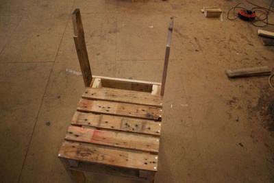 Le istruzioni per costruire un char con un solo pallet13