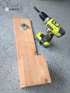 Le istruzioni per fare un apribottiglie con pallet7