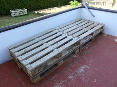 Le istruzioni su come fare un divano per la terrazza con pallet3