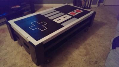 Un pallet tavolo NES, realizzato con 2 pallet11