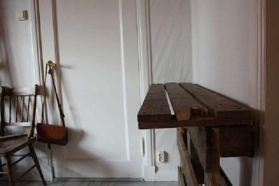Un tavolo verticale originale costruito con 2 pallet5