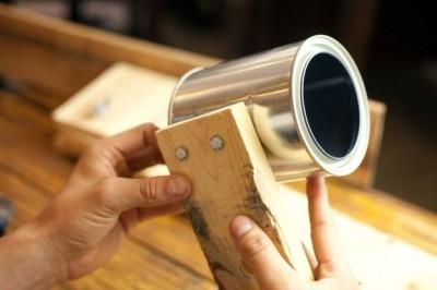Come costruire una lampada da tavolo con flexo oggetti riciclati 6