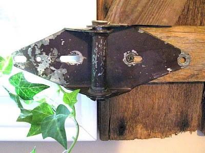 Costruire una persiana rustica per il vostro bagno con tavolo pallet 11