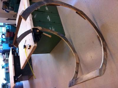 Istruzioni di come costruire una sedia a dondolo con pallet5