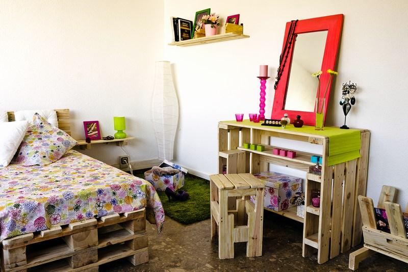 Camera da letto bambini completamente arredata con pallet 1Mobili ...