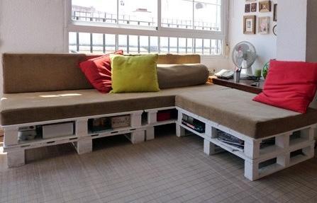 Costruire un divano pallet in soli 3 semplici passimobili - Foderare un divano da soli ...