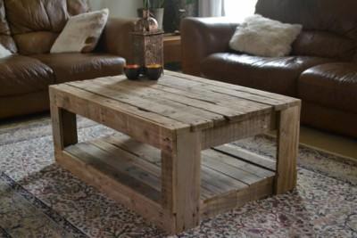 Tavolo rustico realizzato con pallet 1
