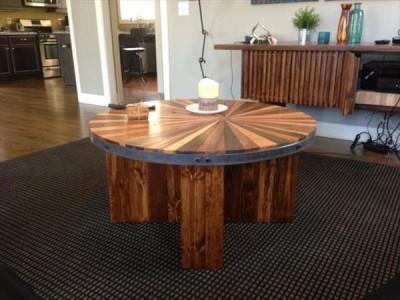 Tavolino di un fine e di ottimo design 2