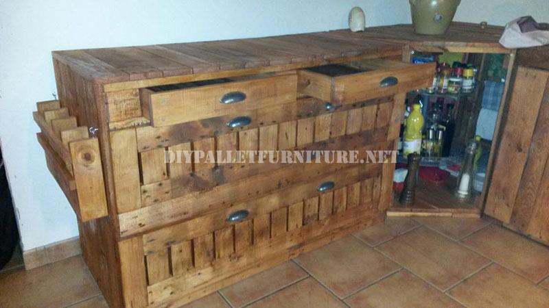 Cassettiera pallet per la cucinamobili con pallet mobili - Cassettiera per cucina ...