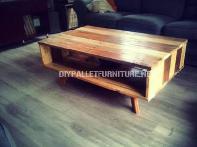 Tavolo design realizzato con pallet