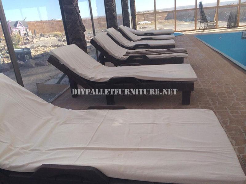 Esempi di pallet lettini per piscina 1mobili con pallet mobili con pallet - Lettini per piscina ...