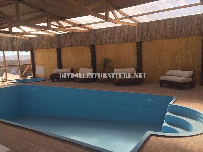 Esempi di pallet lettini per piscina 2mobili con pallet mobili con pallet - Lettini per piscine ...