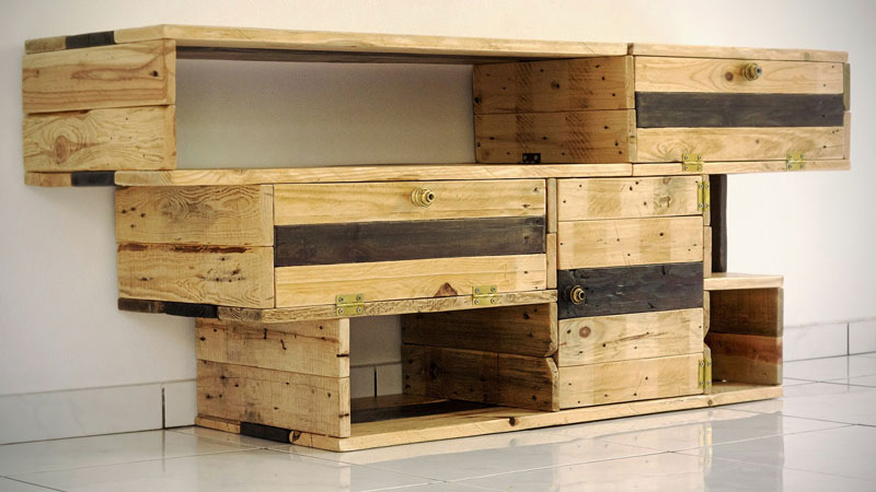 mobile tv eccellente da recup designmobili con pallet mobili con pallet. Black Bedroom Furniture Sets. Home Design Ideas