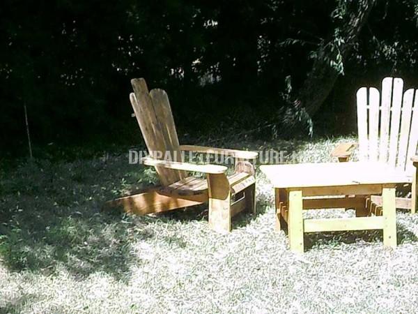 Sedia di Adirondack costruito con assi di pallet 4
