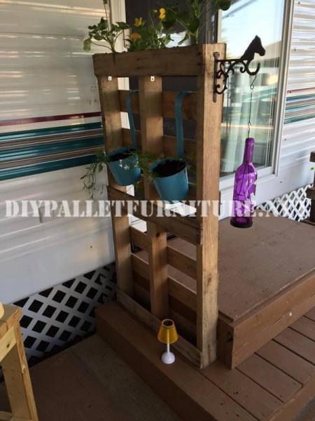 Come decorare la terrazza della vostra casa mobile con pallet 7