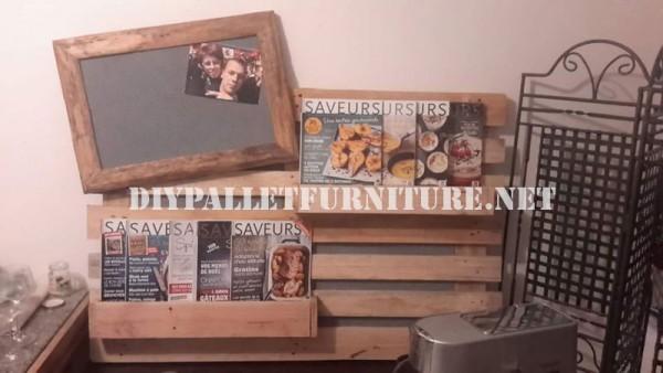 Magazine rack e murale realizzato con tutta una paletta