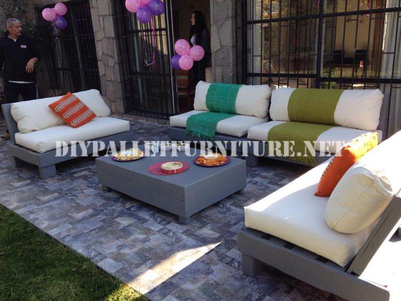 Mobili set con pallet per il terrazzo 8mobili con pallet for Mobili per il terrazzo