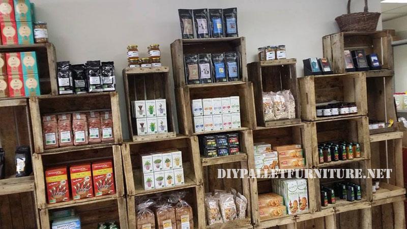 Negozi alimentari arredate con cassette di frutta 2mobili con pallet mobili con pallet - Mobili con cassette frutta ...