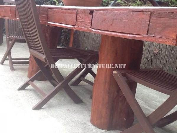 Tavolo da giardino rustico 3