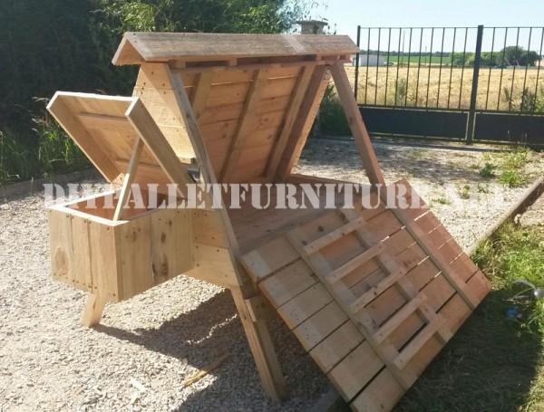 Pollaio costruita con palletmobili con pallet mobili con for Costruire un pollaio con i pallet