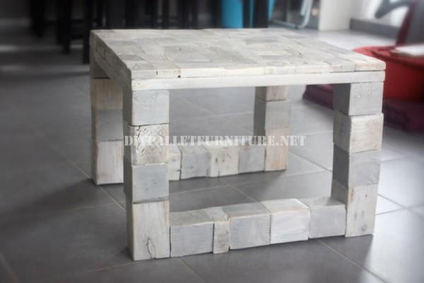 Design de tavolo con il legno riciclato 1
