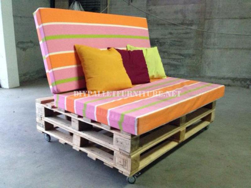 Divano mobile con palletmobili con pallet mobili con pallet - Como hacer sofas de palets ...
