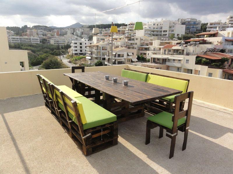 Tavolo e sedie in pallet per il terrazzoMobili con Pallet | Mobili ...
