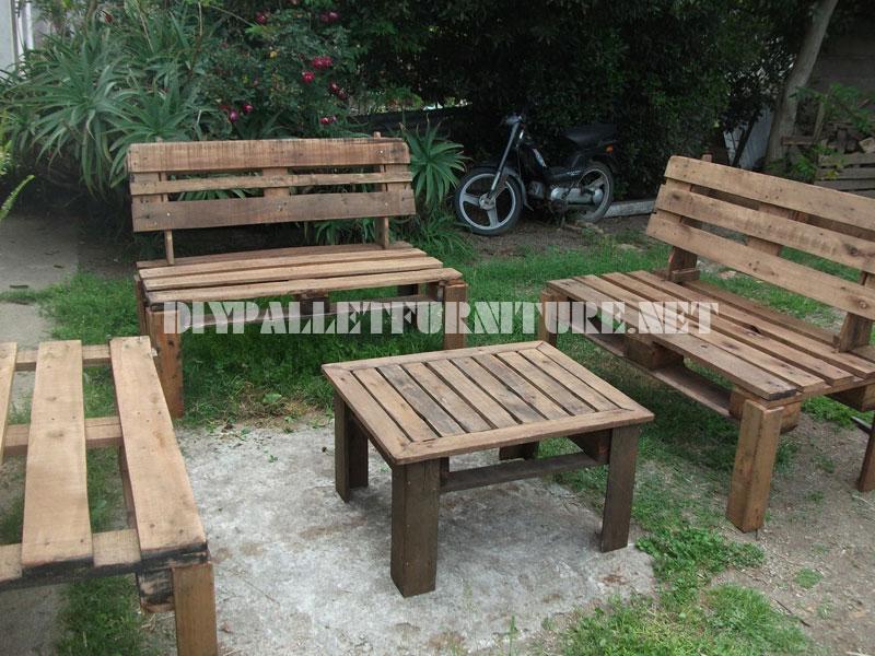 Interesting mobili da giardino fatti con pallet decora la for Mobili giardino economici