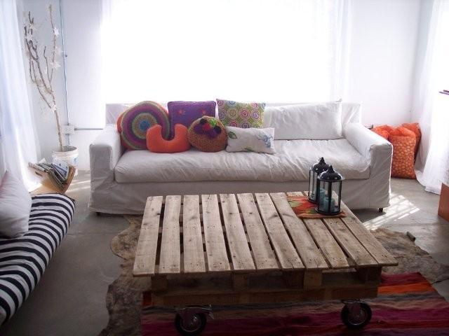 Rustico tavolo per il soggiorno 1