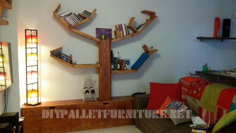 Scaffalature e mobili per il soggiorno con forma di albero 1