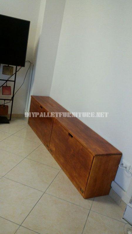 Scaffalature e mobili per il soggiorno con forma di albero 3