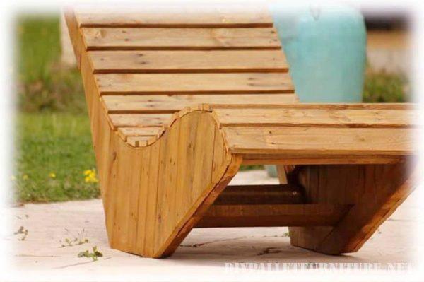 sedia a sdraio realizzata con tavole pallet 1