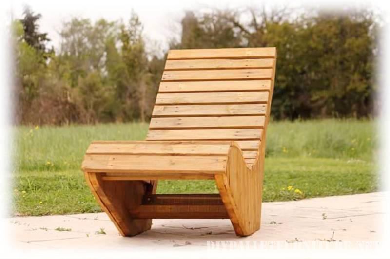 sedia a sdraio realizzata con tavole pallet 5