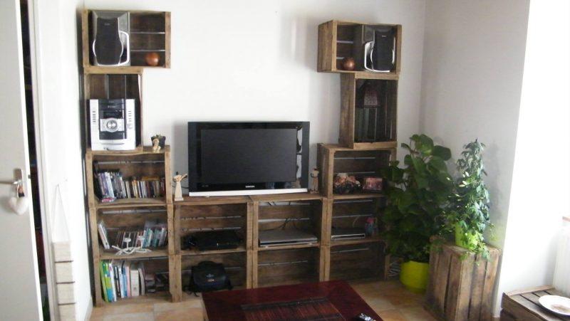 4 TV Mobili con cassette di frutta 1