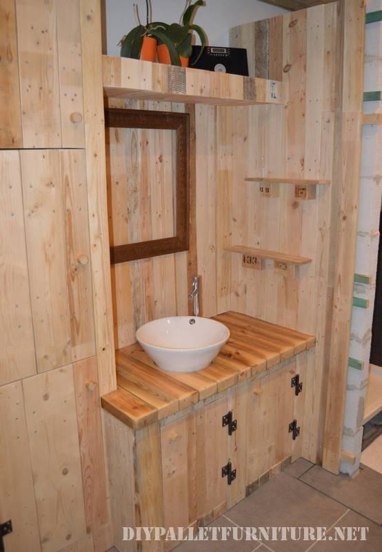 Grande bagno realizzato con pallet 5