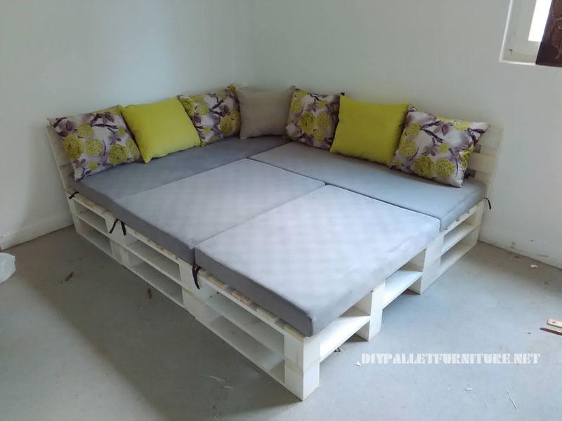 divano Pallet, puff e tavolo trasformabile in letto 3