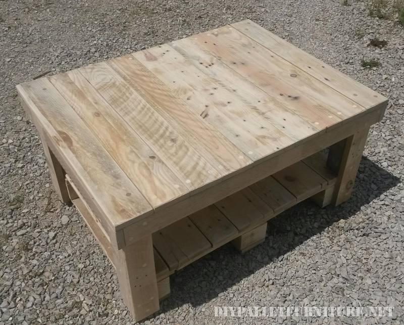 Tavolino con pallet 2