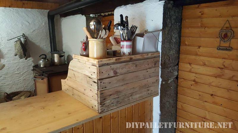 armadio-da-cucina-ausiliario-con-pallet-2