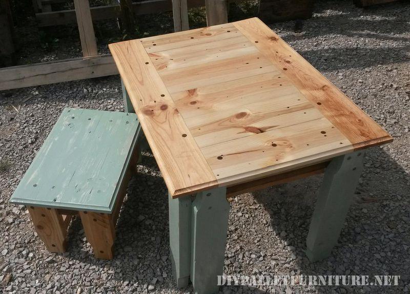 tavola-pallet-e-sgabello-2