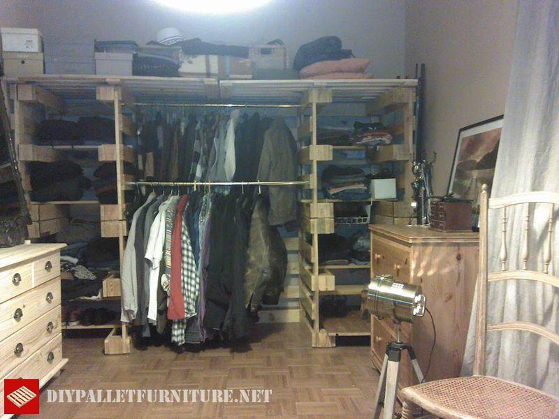 vestiti-organizer-fatta-con-pallets-5