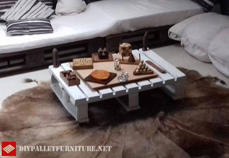 divano-e-tavolino-per-sottotetto-2