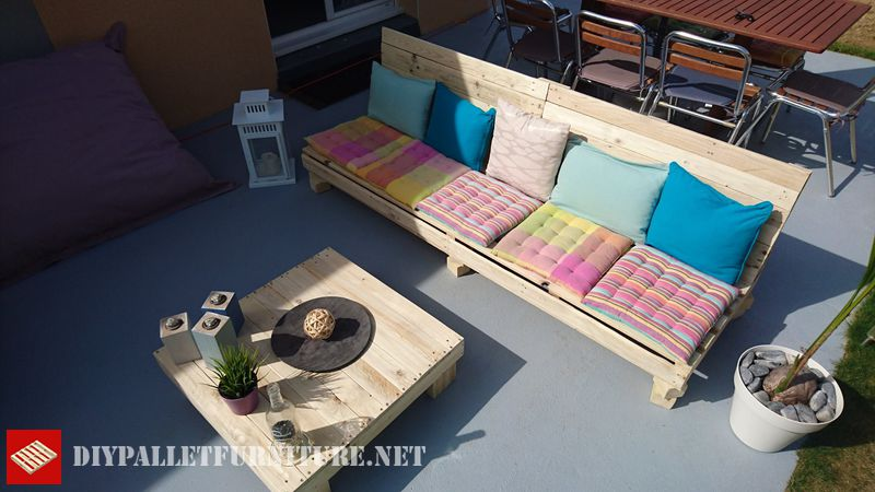outdoor-divano-pallet-e-tavola-pallet-2